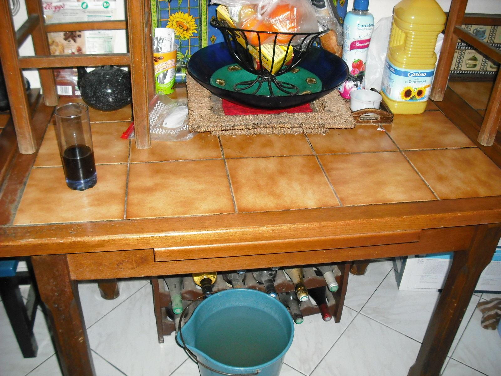 Table Cuisine Carrelee Avec Deux Rallonges concernant Table Carrelee Jardin