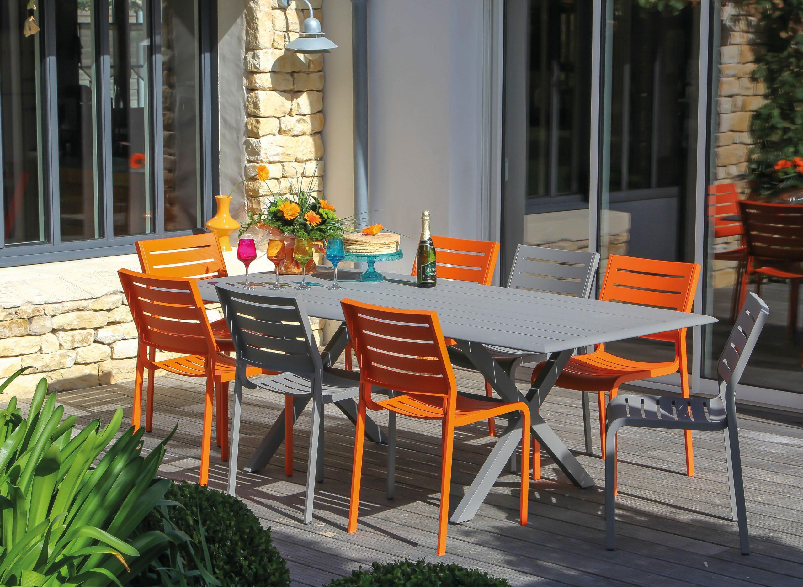 Table De Jardin Couleur - 28 Images - Des Id 233 Es Color ... serapportantà Salon De Jardin En Pvc