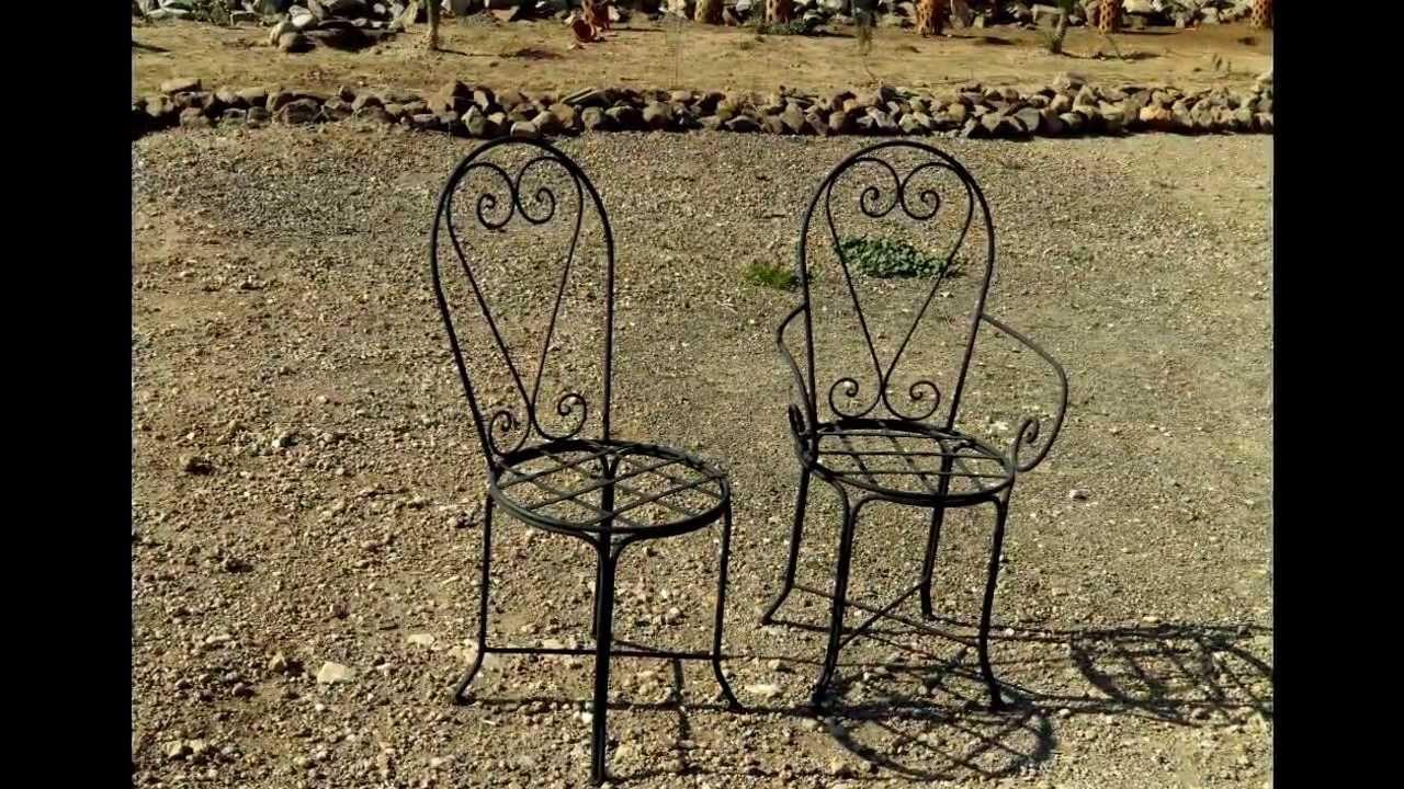Table De Jardin En Zellige, Kiosque En Fer Forgé intérieur Kiosque De Jardin En Fer Forgé