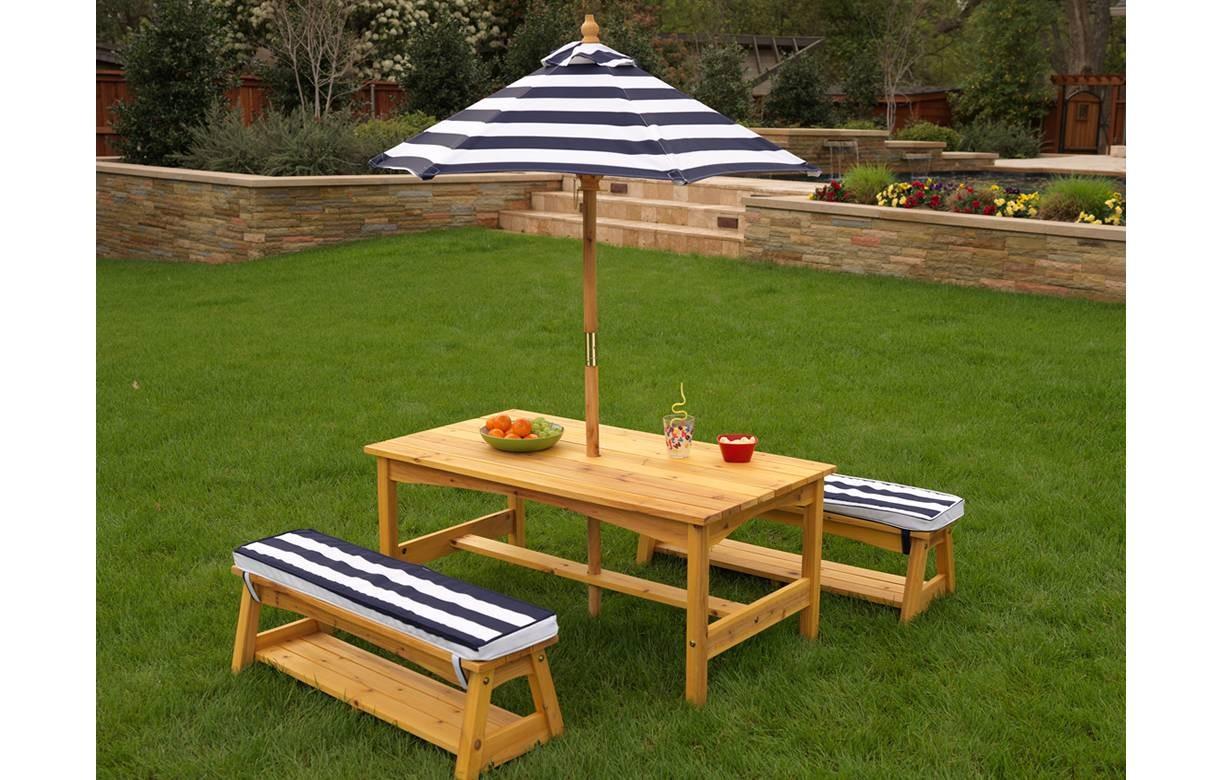 Table De Jardin Enfants Avec Bancs Et Parasol Kidkraft 00106 destiné Salon De Jardin Pour Enfants