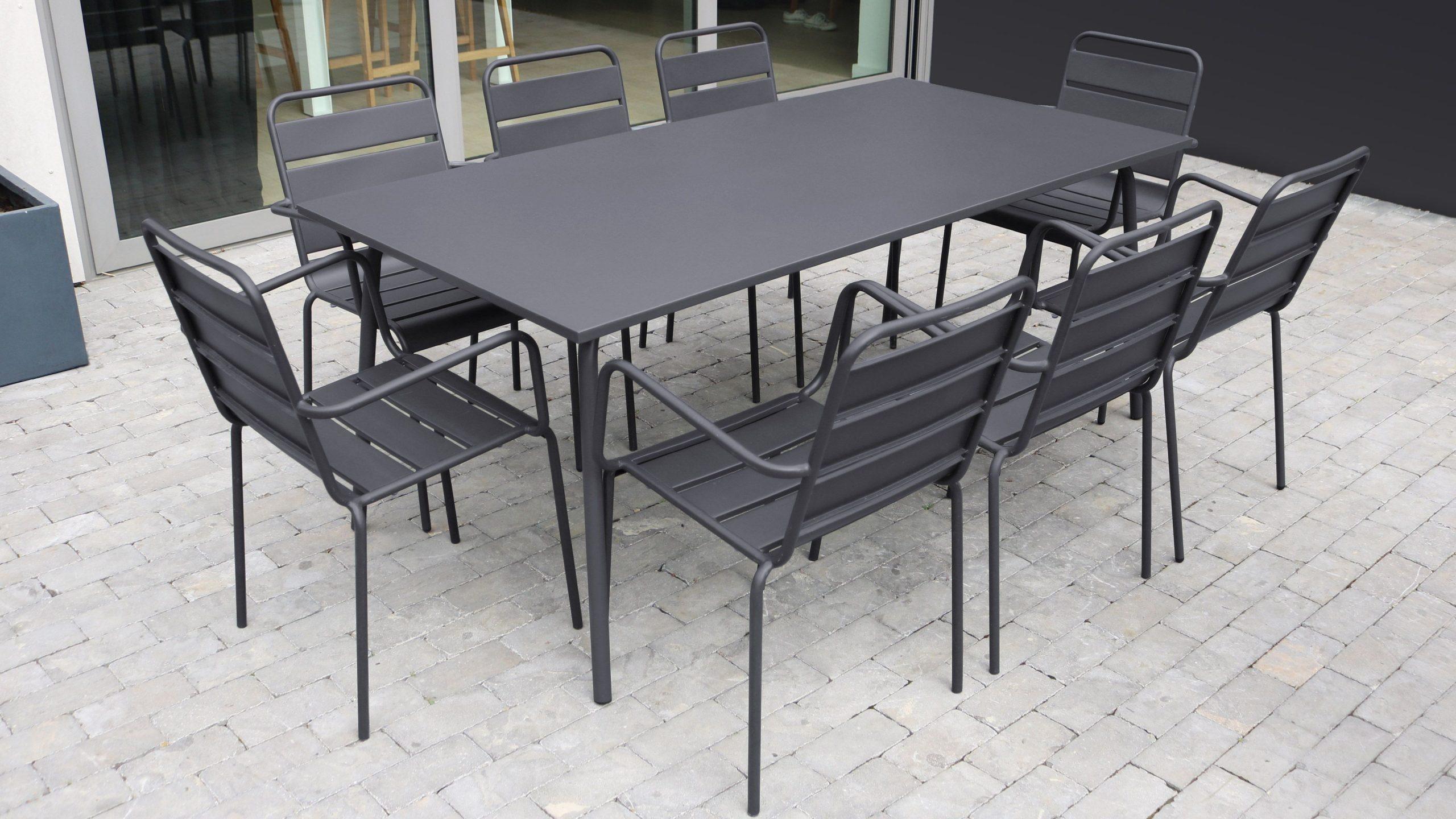 Table De Jardin Et 8 Fauteuils En Métal - Gris En 2020 ... serapportantà Table De Jardin Carrée 8 Personnes