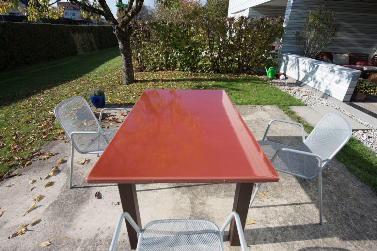Table En Pierre De Lave Émaillée Pour L'exterieur De Couleur ... serapportantà Table De Jardin En Pierre De Lave