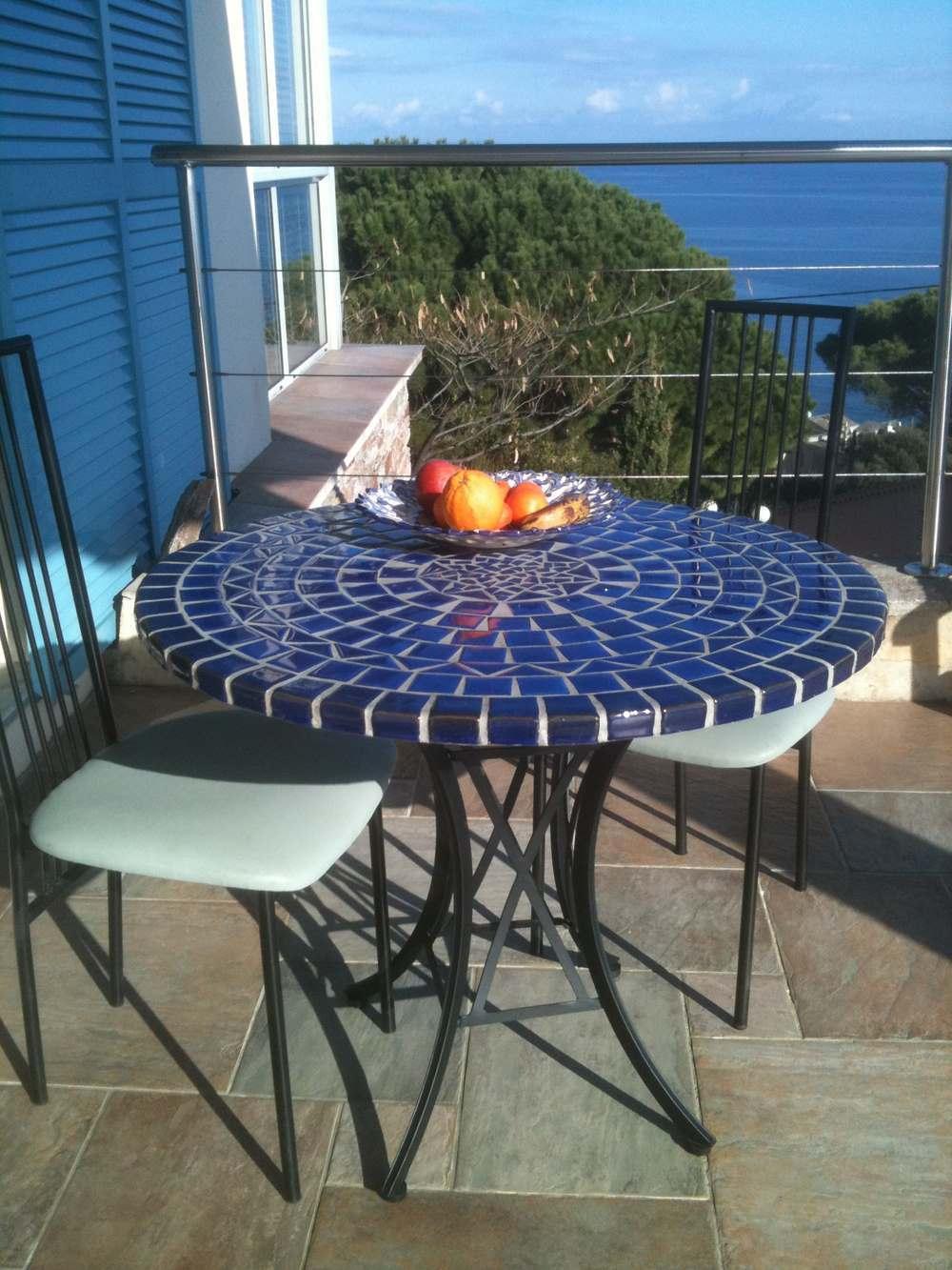 Table Mosaïque Et Fer Forgé Ronde 90 Cm à Table De Jardin En Mosaique