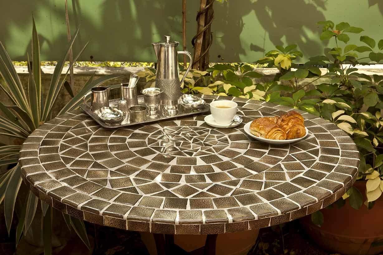 Table Mosaïque   Table Fer Forgé : Votre Table Mosaïque ... avec Table Carrelee Jardin