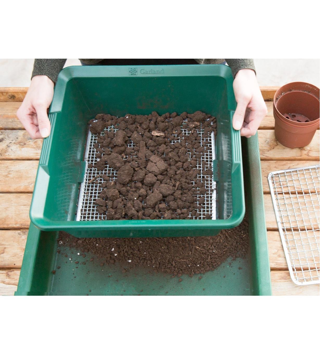 Tamis Profond Pour Le Jardin - Lee Valley Tools destiné Tamis Jardin