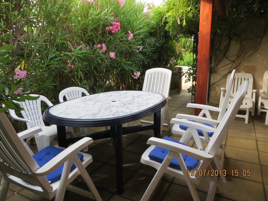 Tatil Evi Lagon 173 (Fransa Gruissan) - Booking serapportantà Table De Jardin Intermarché