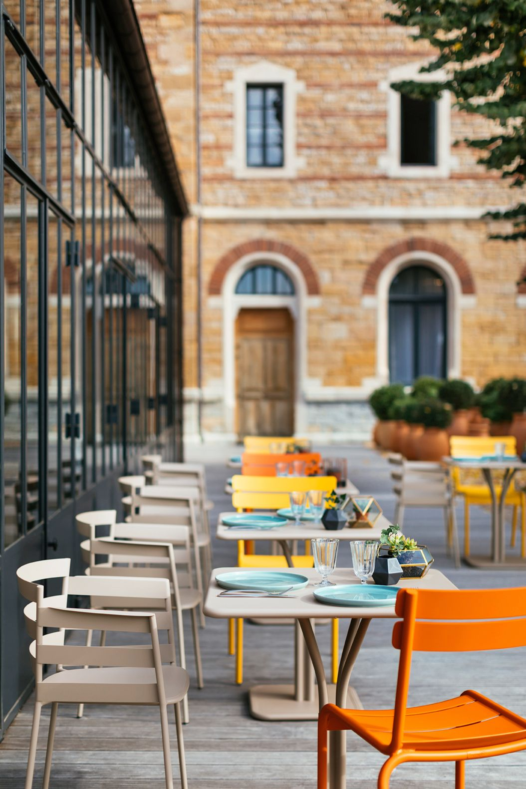 Terrasse #mobilier #hotel #restaurant #chaise #rythmic ... intérieur Mobilier De Jardin Vlaemynck