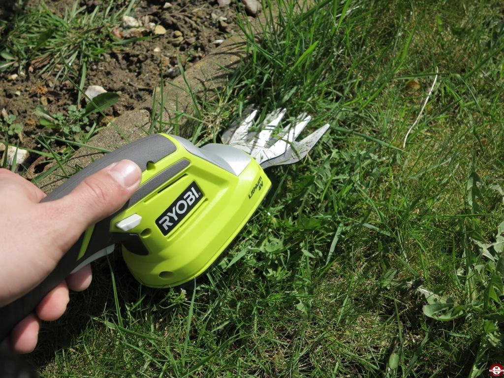 Test De La Cisaille / Sculpteur Ryobi Rgs410 - Zone Outillage tout Cisaille Electrique Pour Jardin