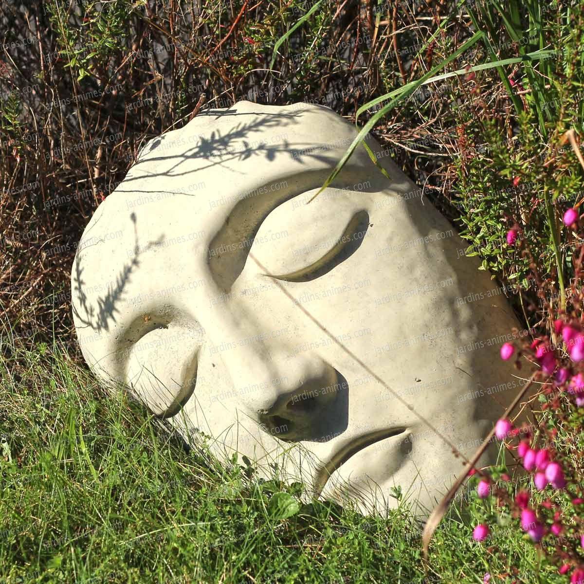 Tête Décorative À Poser En Béton   Sculpture En Béton ... concernant Jardins Animés Sculpture