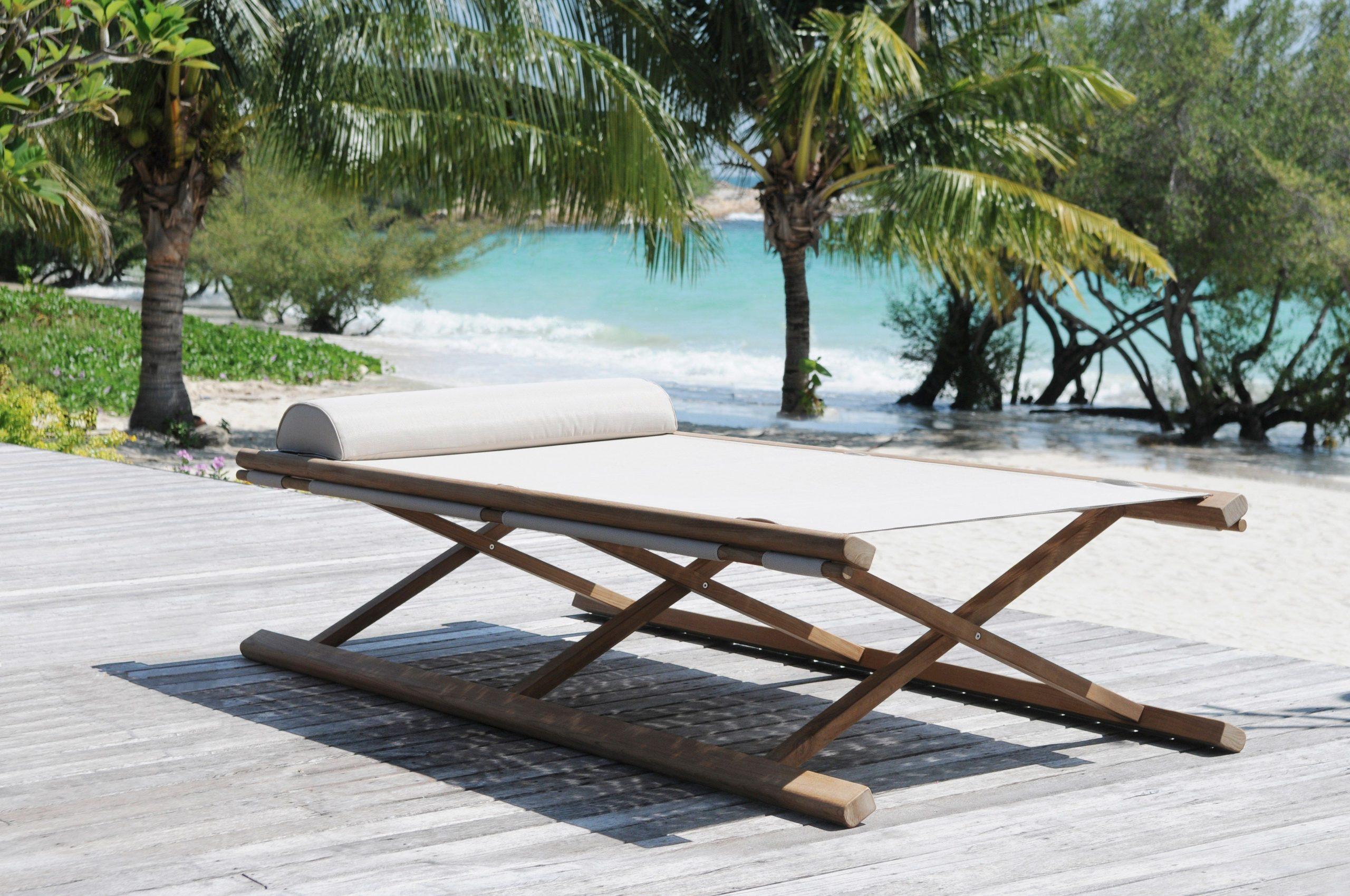 """Tobago"""" Par Tectona: Un Vrai Lit Pliant, Comme On N'en Fait ... intérieur Salon De Jardin Pliant"""