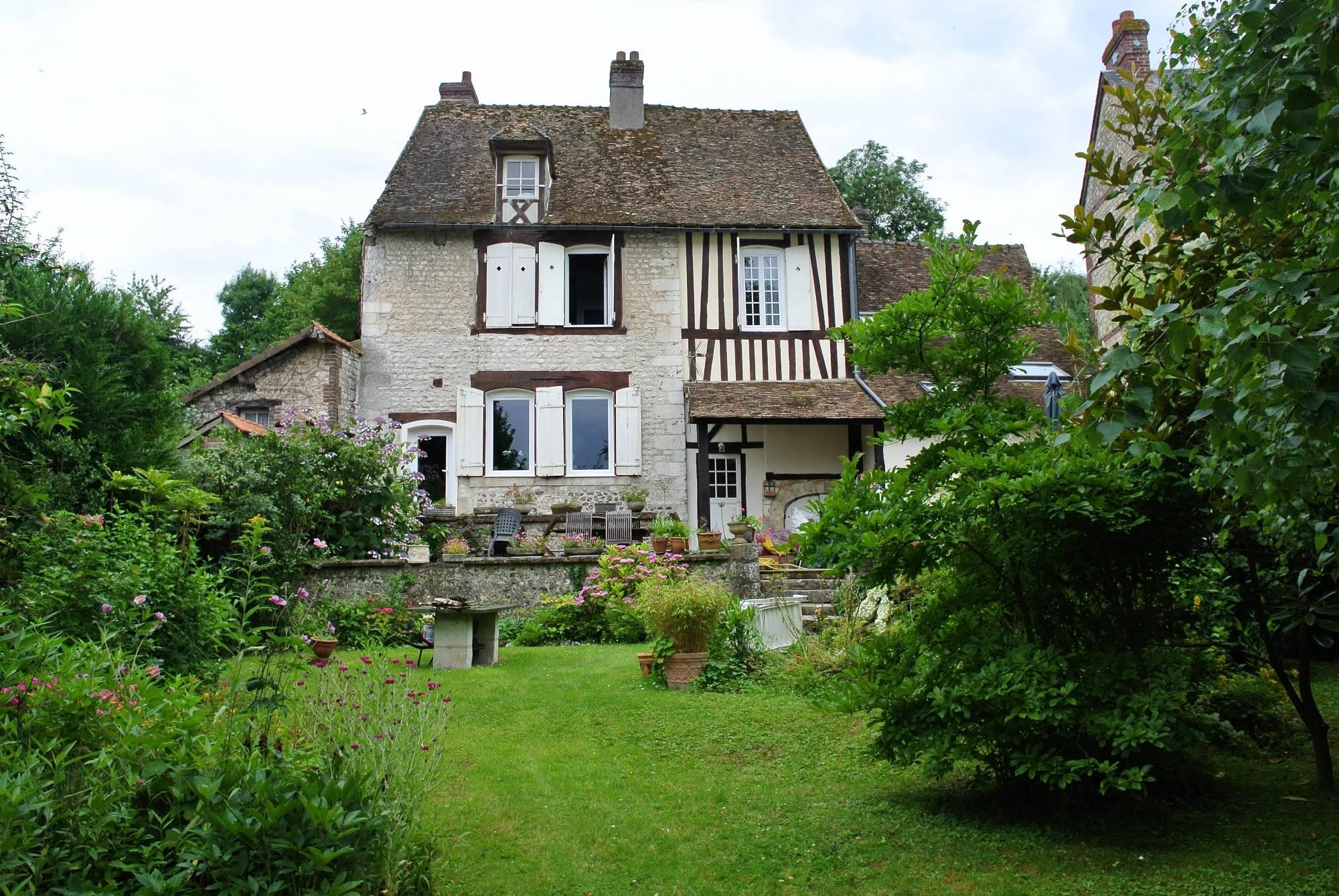 Trouver Un Appartement T3 À Louer La Croix-Saint-Leufroy ... tout Maison Avec Jardin A Louer