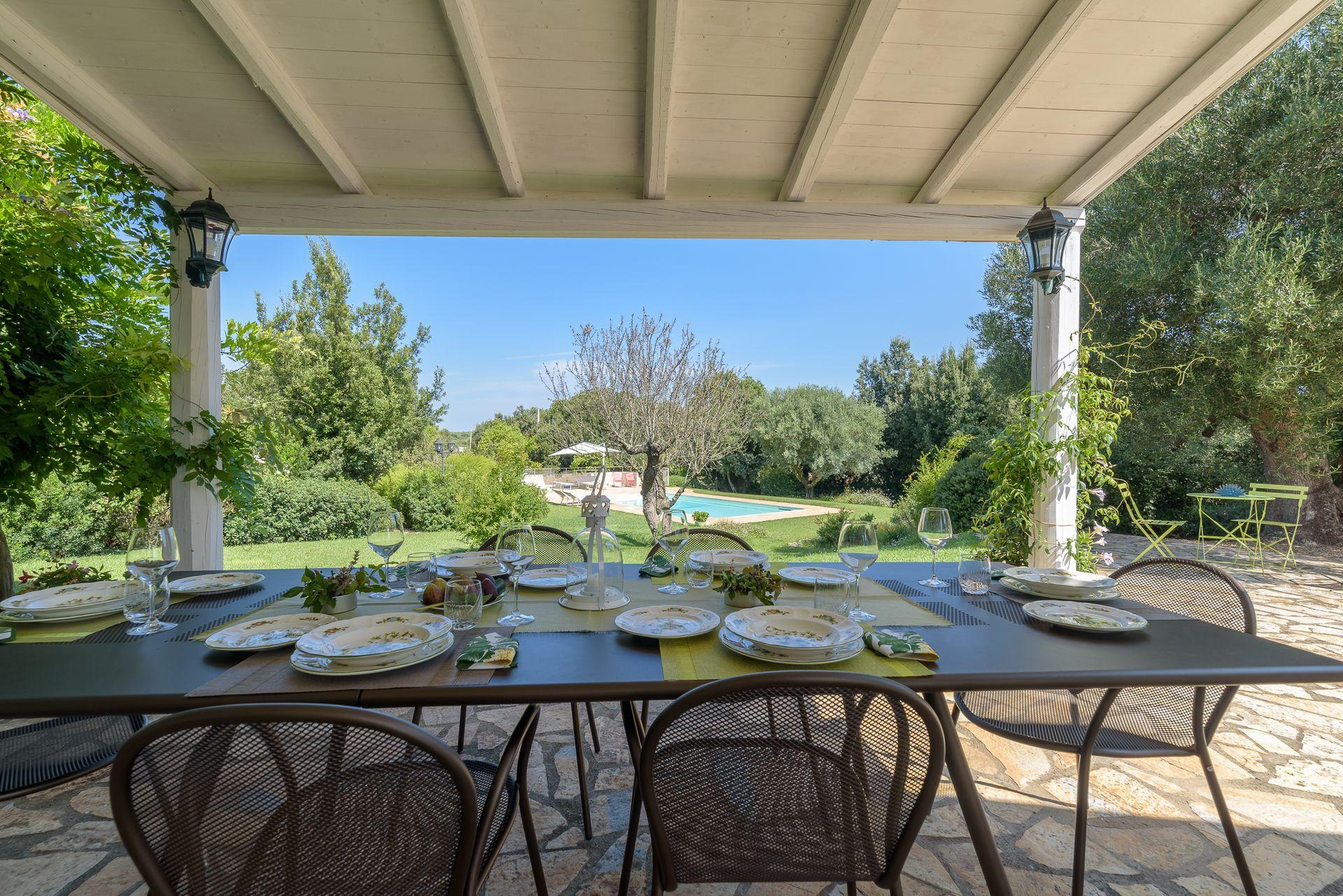 Trullo Petrelli: Casa De Vacaciones Con 3 Habitaciones Con ... encequiconcerne Table De Jardin Auchan