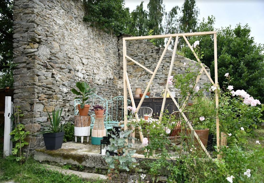 Tuto : Réalisez Un Claustra Design En Bois Dans Votre Jardin ... tout Cloison Jardin