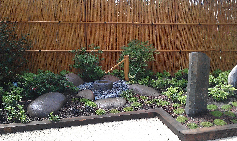 Un Jardin À La Japonaise – Bricobistro pour Construction Jardin Japonais