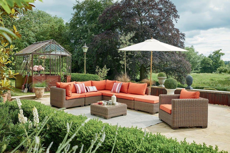 Un Salon De Jardin Convivial   Mobilier Jardin, Jardin ... encequiconcerne Maison Du Monde Salon De Jardin