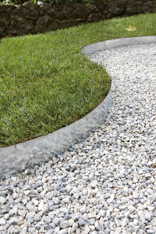 Une Allée En Gravier Pour Le Jardin | Leroy Merlin serapportantà Allée De Gravier Jardin