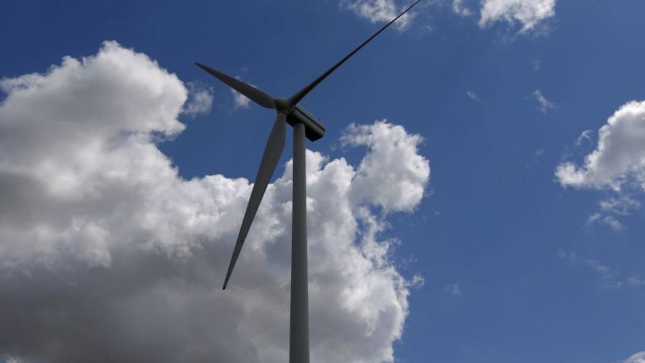 Une Éolienne Chez Soi : 5 Choses À Savoir Avant De Se Lancer ... destiné Construire Une Eolienne De Jardin
