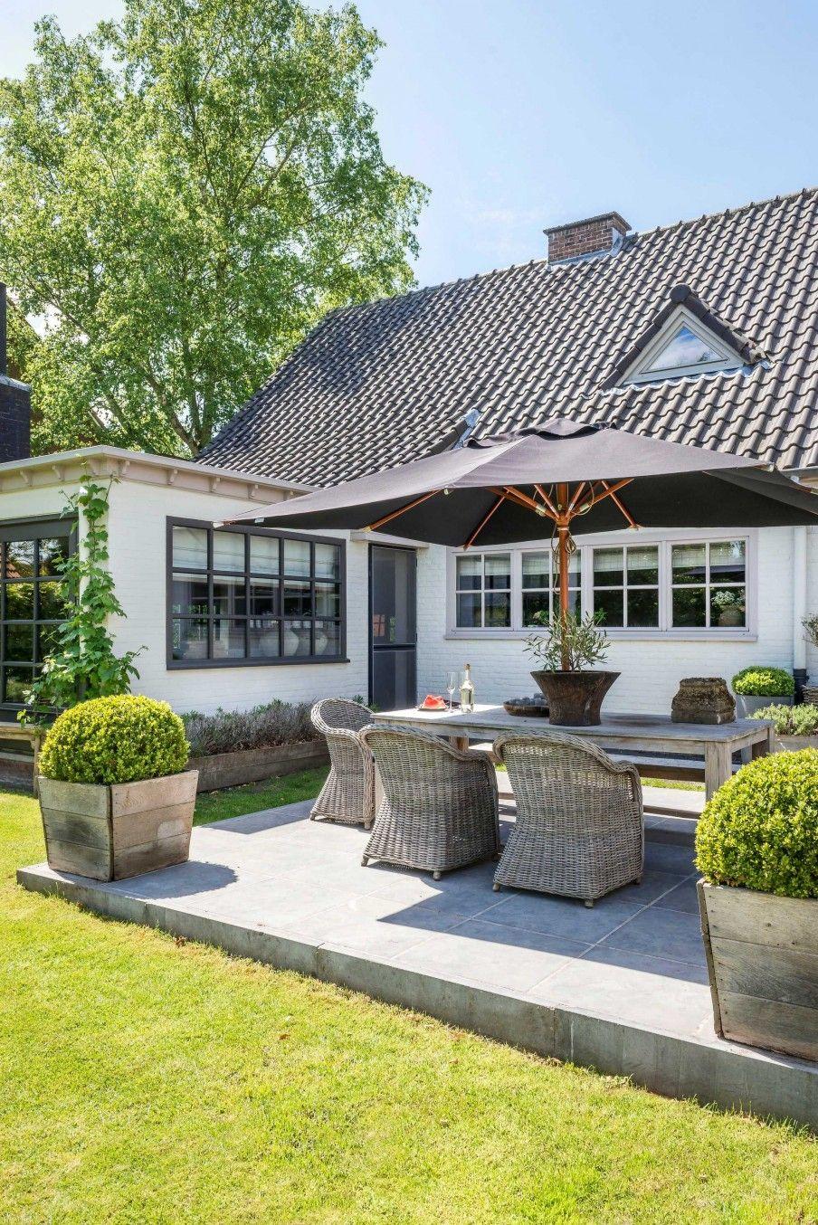 Une Maison Grise En Belgique | Terrasse Arrière, Pièces À ... encequiconcerne Amenagement Jardin Belgique