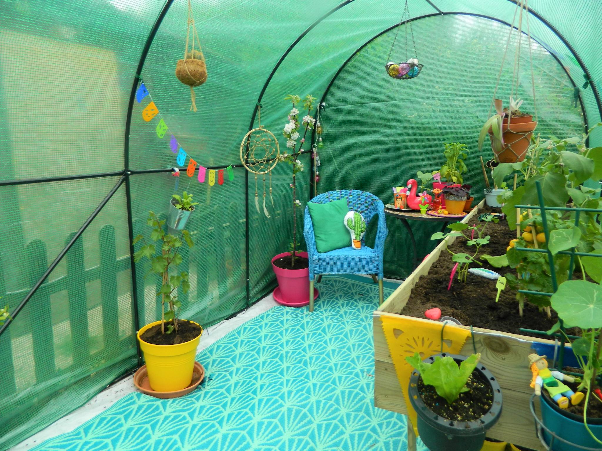 Une Petite Serre Pour Jardiner Mais Pas Que... - Un Peu ... à Siege Pour Jardiner