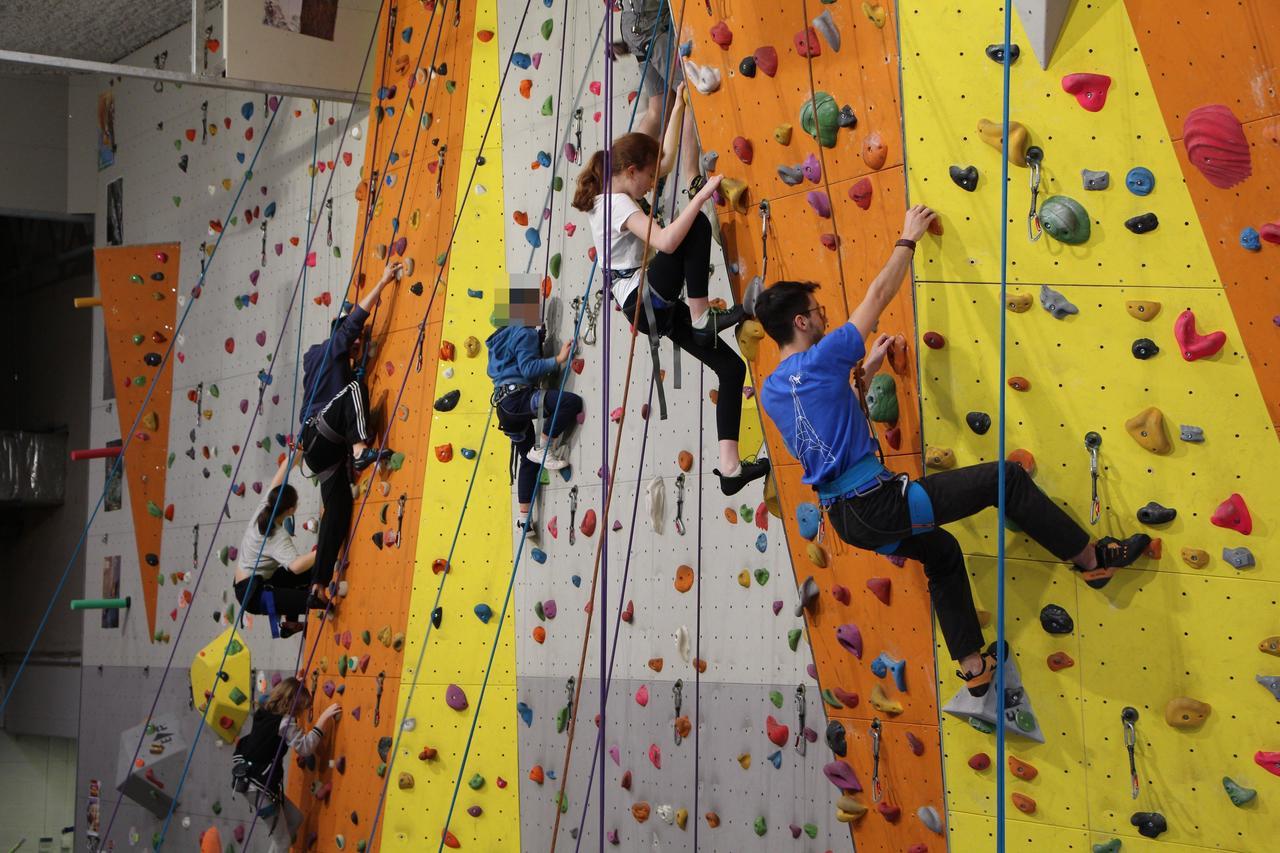 Une Salle D'escalade Pour Les Jo À Vernon : Le Club D ... à Mur D Escalade Pour Jardin
