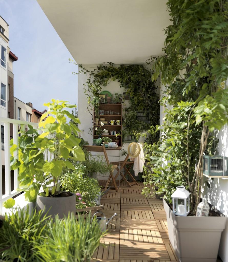 Une Statue Bouddha Pour Son Jardin destiné Faire Un Jardin Sur Son Balcon