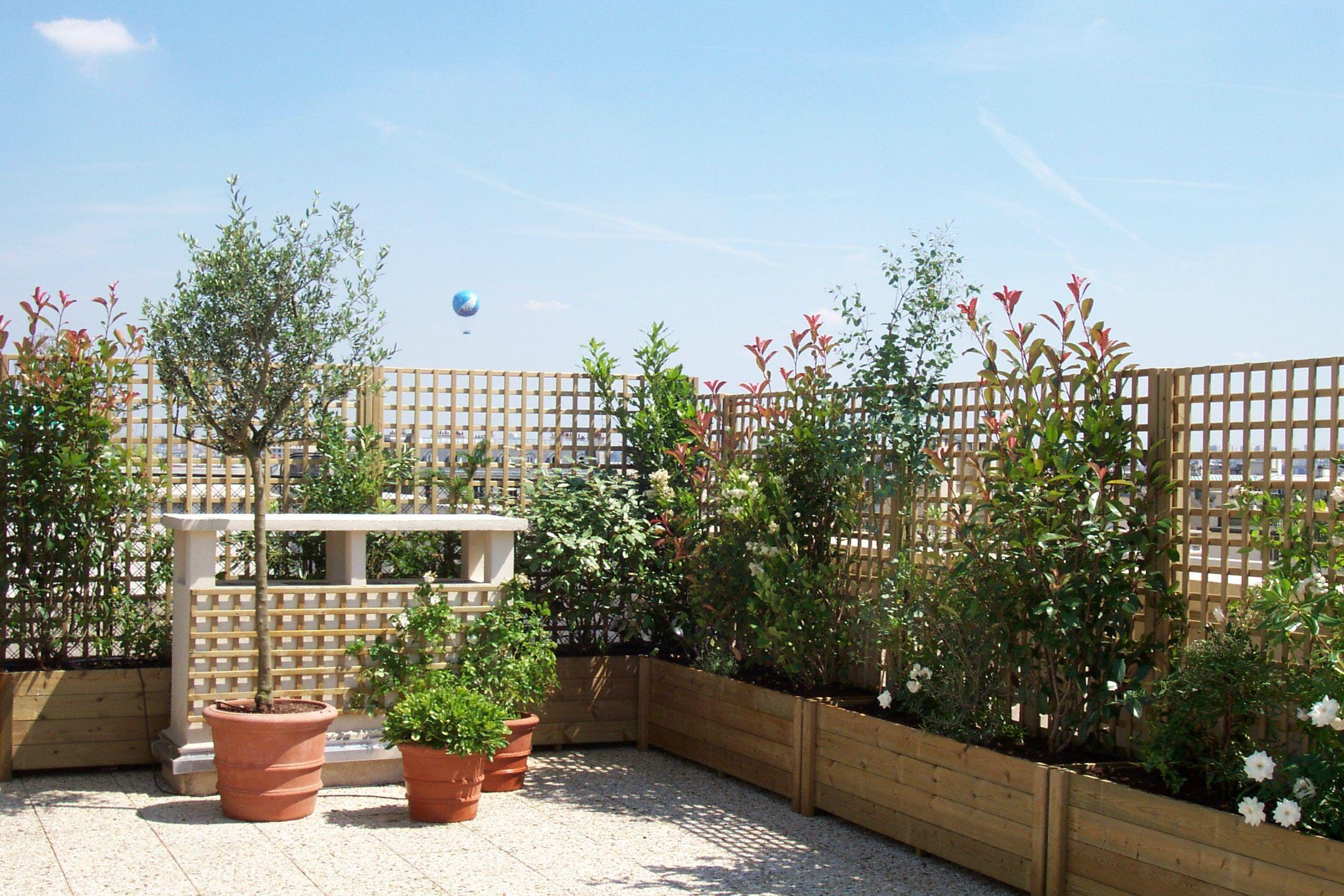 Une Terrasse Oui, Mais Sans Vis-À-Vis ! destiné Cacher Vis A Vis Jardin