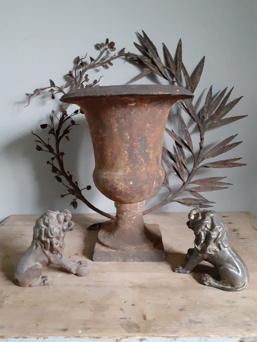 Vase De Jardin En Fonte .....xviiiièm, Debart, Proantic ... destiné Fontaine De Jardin En Fonte