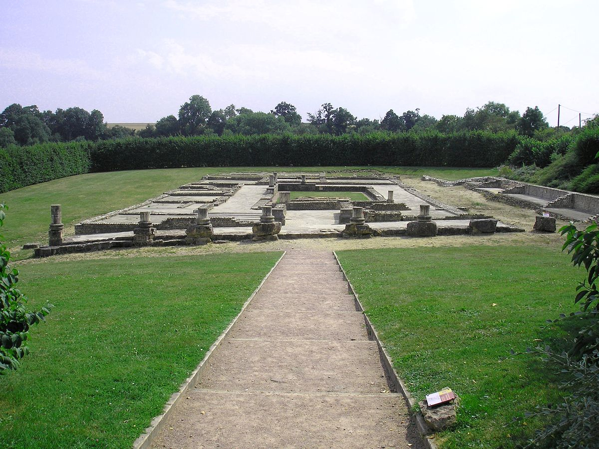 Villa Au Grand Péristyle De Vieux-La-Romaine — Wikipédia tout Modele De Jardin Avec Galets