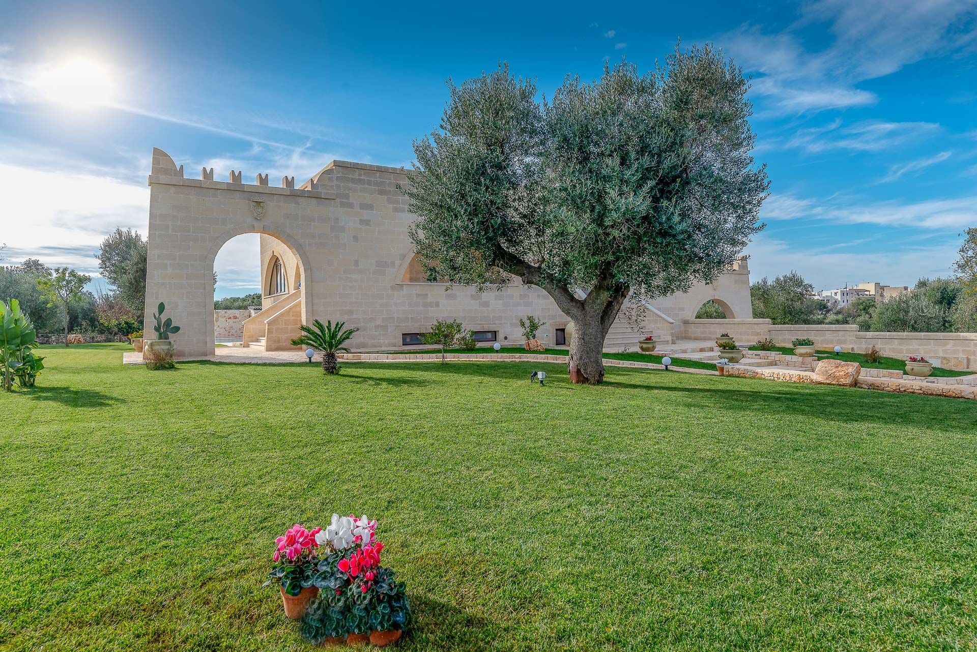 Villa Gemapirò Location De Vacances - Couchages 10 Dans 5 ... intérieur Prix Location Jardin