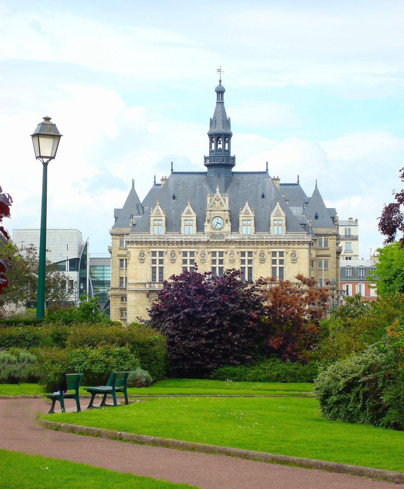 Vincennes, Hôtel De Ville   Eu_Fr_R_Region_ Aquitaine_ ... intérieur Hotel Des Jardins Vincennes