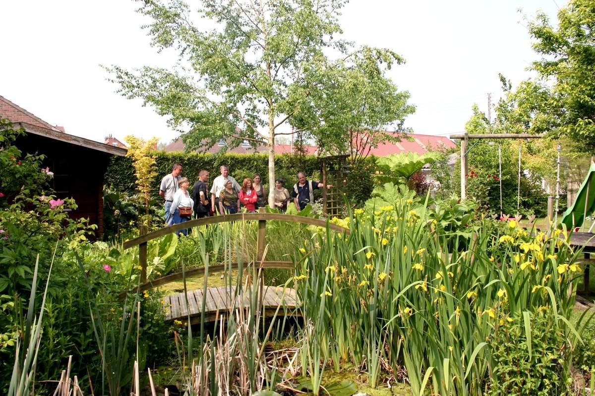 """Visite Du Jardin """"a Fleur D'écorces"""" - Le Blog De Pjh intérieur Ecorces Jardin"""