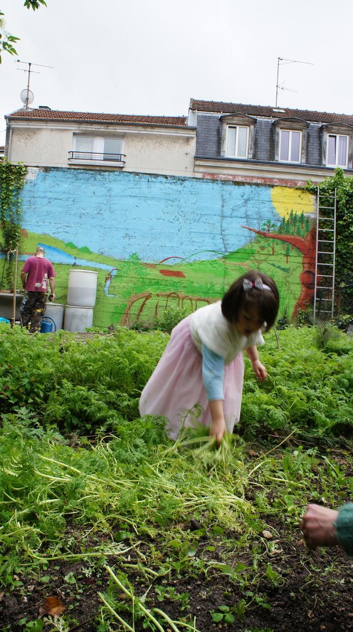 Visite Du Jardin Partagé Au Râteau-Lavoir tout Rateau De Jardin