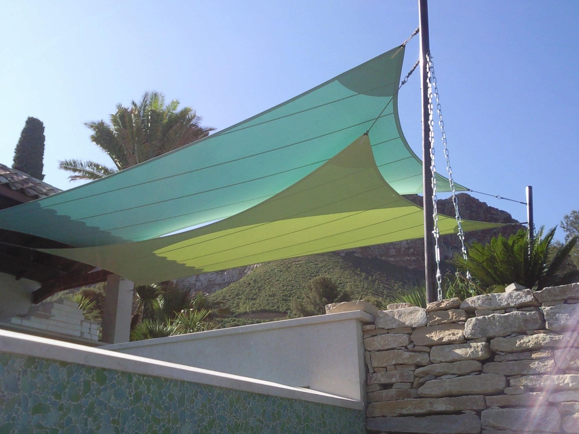 Voile D'ombrage Résistante Aux Uv / Triangulaire ... destiné Toile Triangle Jardin