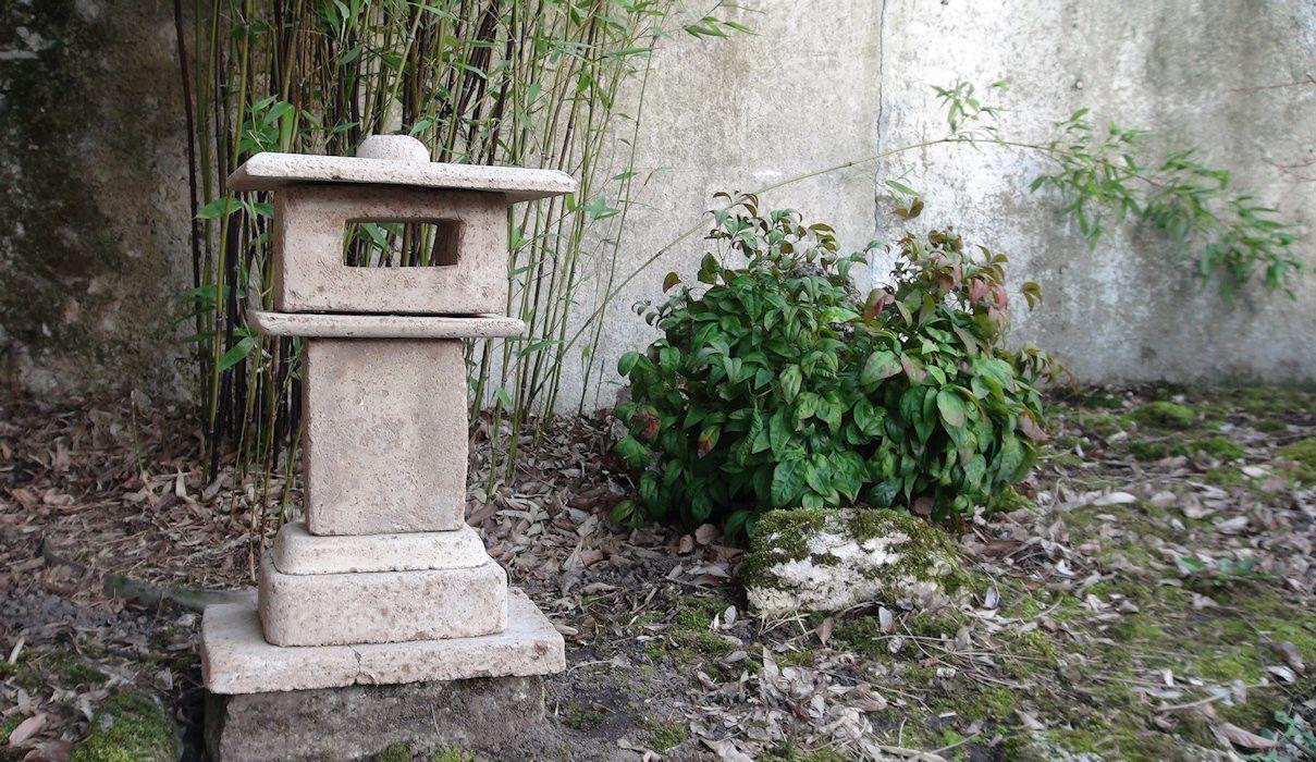 Zénitude Au Jardin » Création Lanterne Japonaise   Lanterne ... encequiconcerne Lanterne Japonaise Jardin