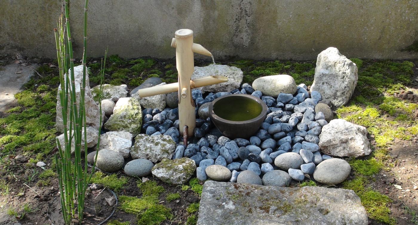 Zénitude Au Jardin » Shishi Odoshi – Fontaine En Bambou avec Fabriquer Une Fontaine De Jardin