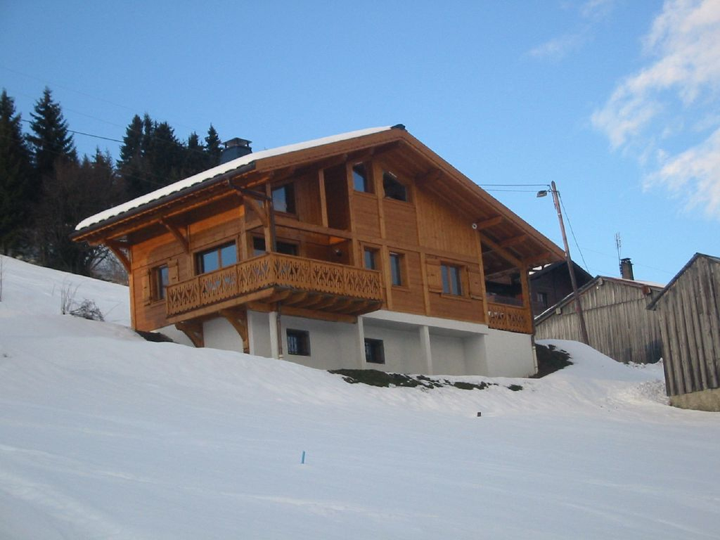 4 Bed Chalet With Spectacular Views Of Les Gets And Its Ski Area (Sleeps  8-10) - Les Gets dedans Chalet En Kit Occasion