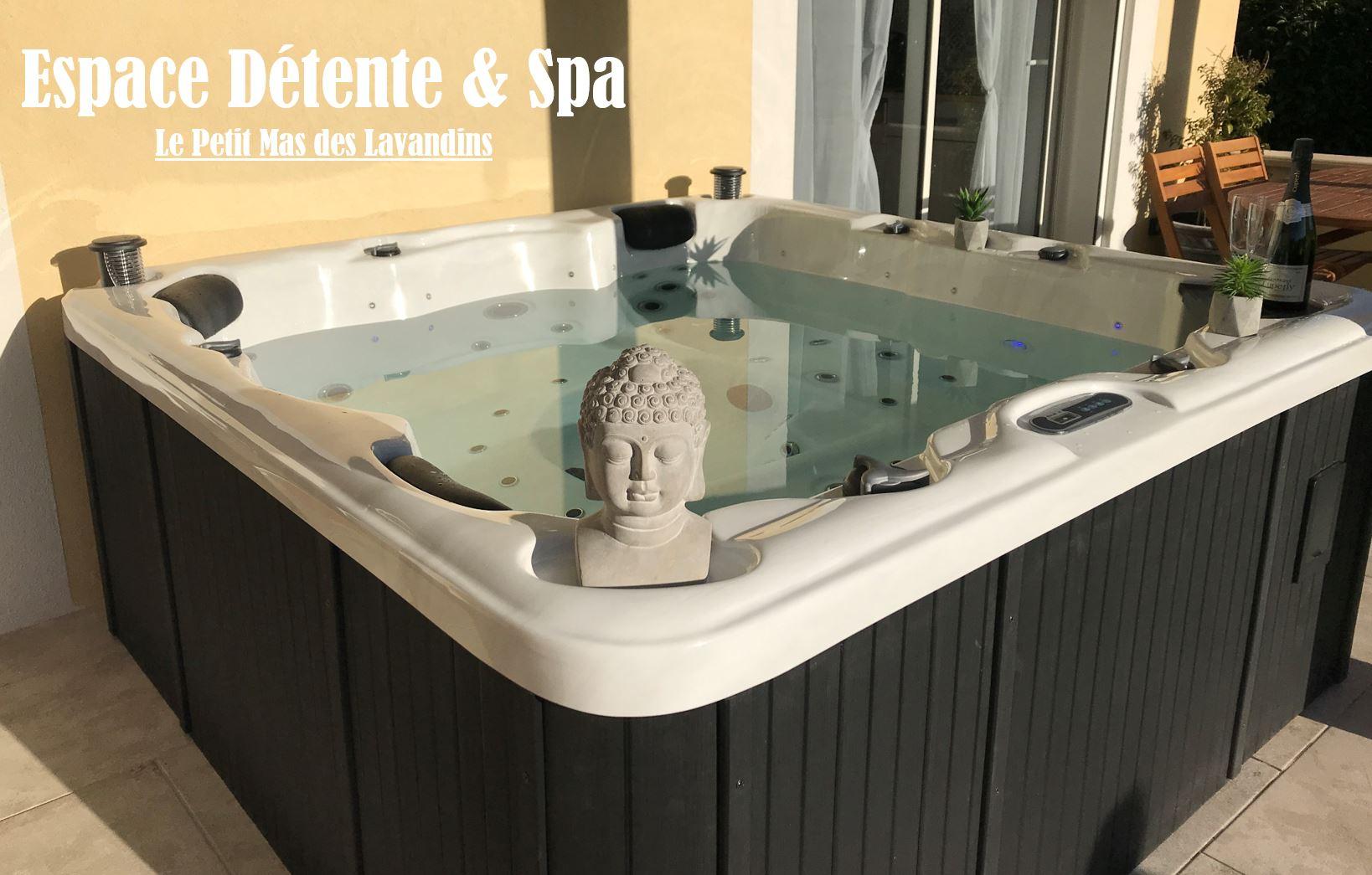 Accueil - Location Maison Vacances Avec Piscine Et Spa En ... dedans Jacuzzi Pour Jardin