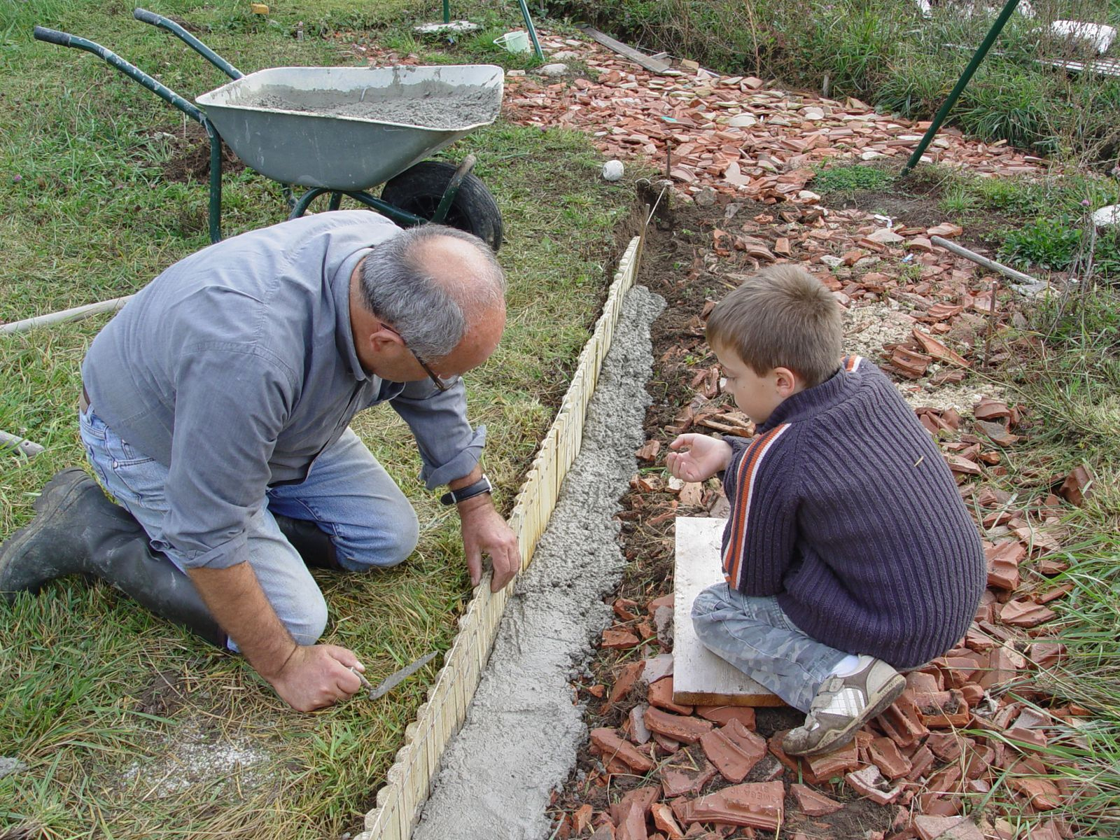 Album - Bordures-De-Jardin-Bois - Le Blog De La Villa Sissi concernant Faire Une Bordure De Jardin
