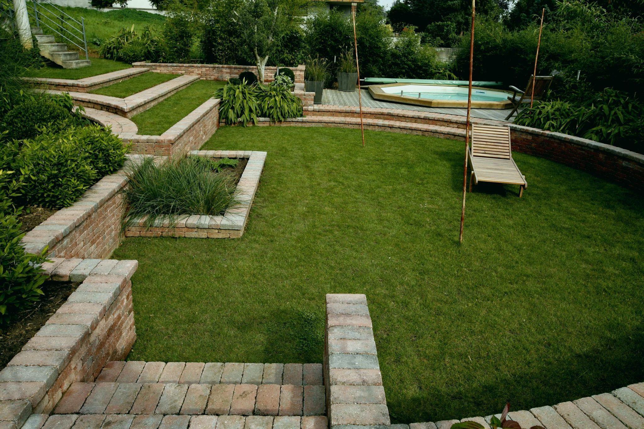 Aménager Son Jardin   Amenagement Jardin, Jardin En Pente ... tout Comment Aménager Son Jardin Pas Cher