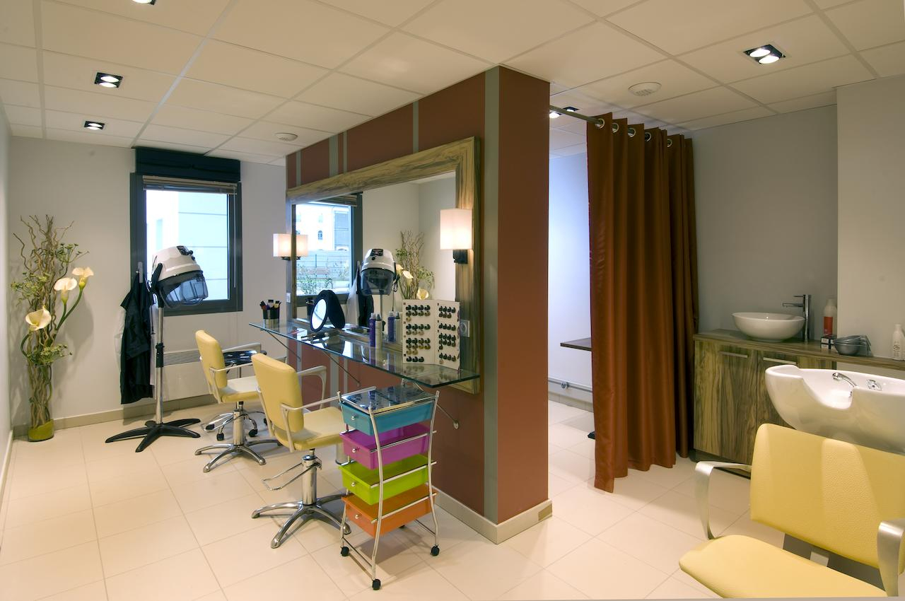 Apart Otel Domitys Les Deux Lacs (Fransa Rumilly) - Booking concernant Salon De Jardin Hyper U 2020