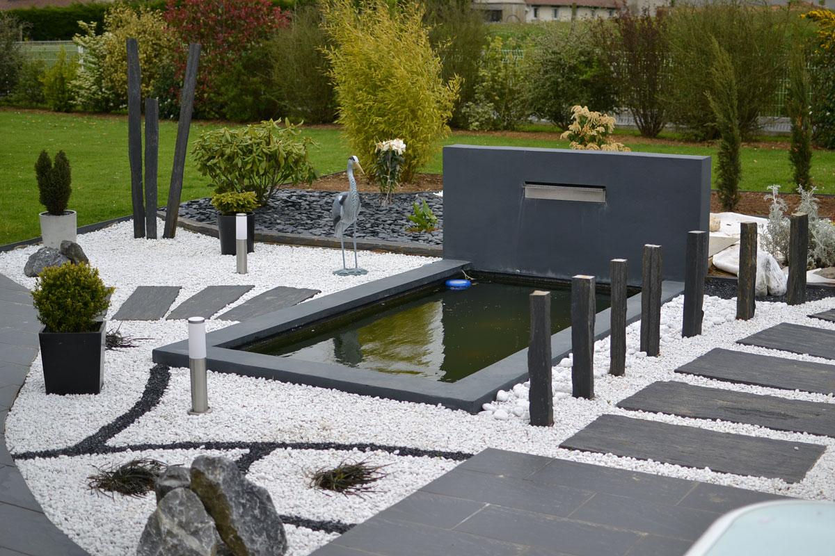Bassin Poisson Contemporain encequiconcerne Bassin De Jardin Moderne