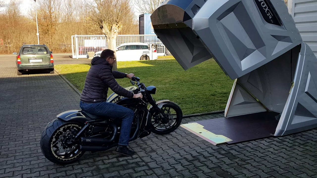 Bikebox24 Xl - A Special Visitor pour Abri Moto
