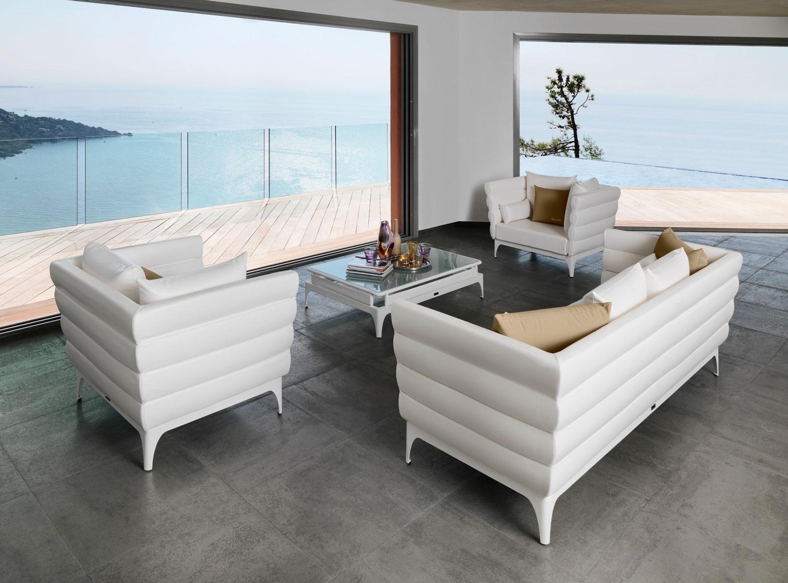 Bold Salon D'Extérieur serapportantà Mobilier De Jardin Design De Luxe