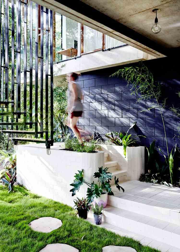 Claustra Escalier - Idées Design Pour L'intérieur Comme Pour ... encequiconcerne Claustra Pour Jardin