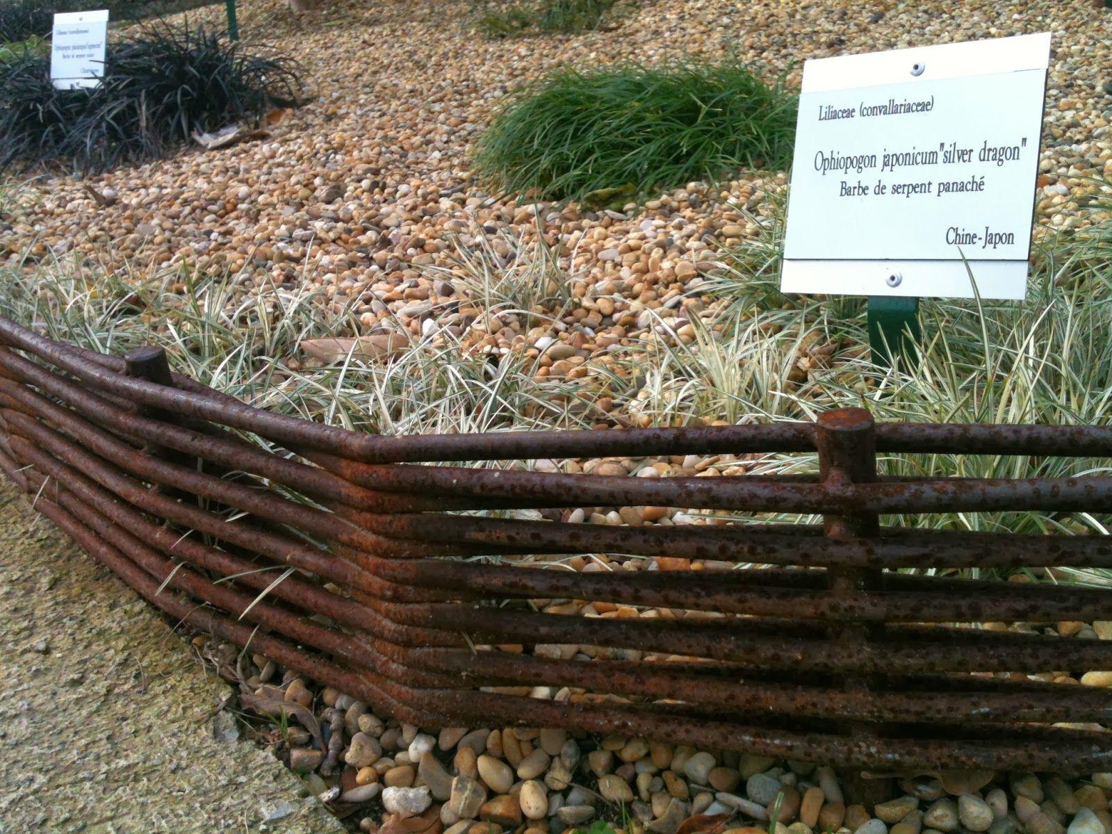 Des Bordures En Fer À Béton?   Bordure Jardin, Idées Jardin ... avec Bordure Jardin Beton