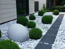 ✓70 Beautiful Farmhouse Backyard Decor Ideas And Design 42 ... concernant Jardin Devant Maison