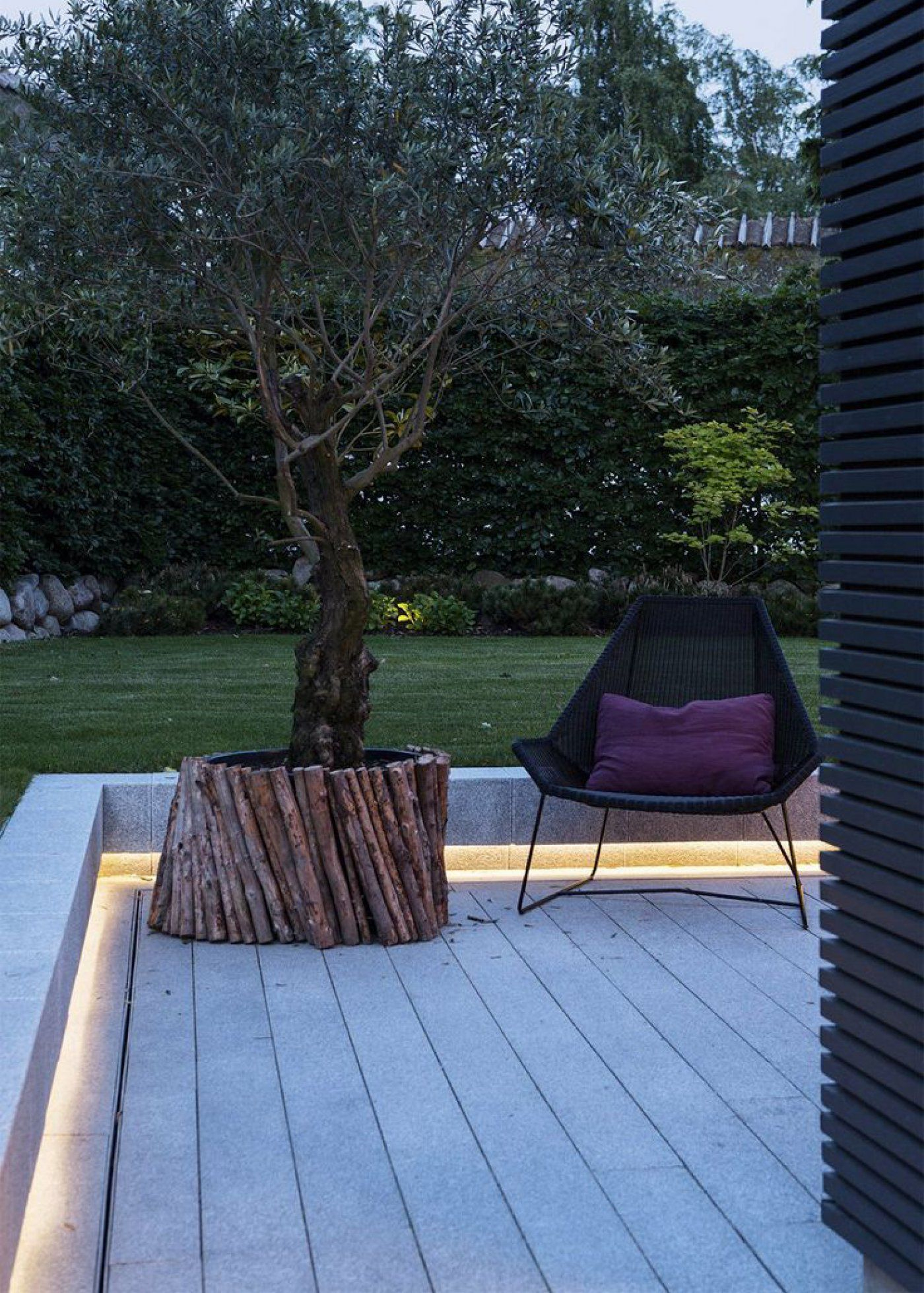 Éclairage De Jardin : La Led Pour Une Ambiance Cosy ... à Salon De Jardin Led
