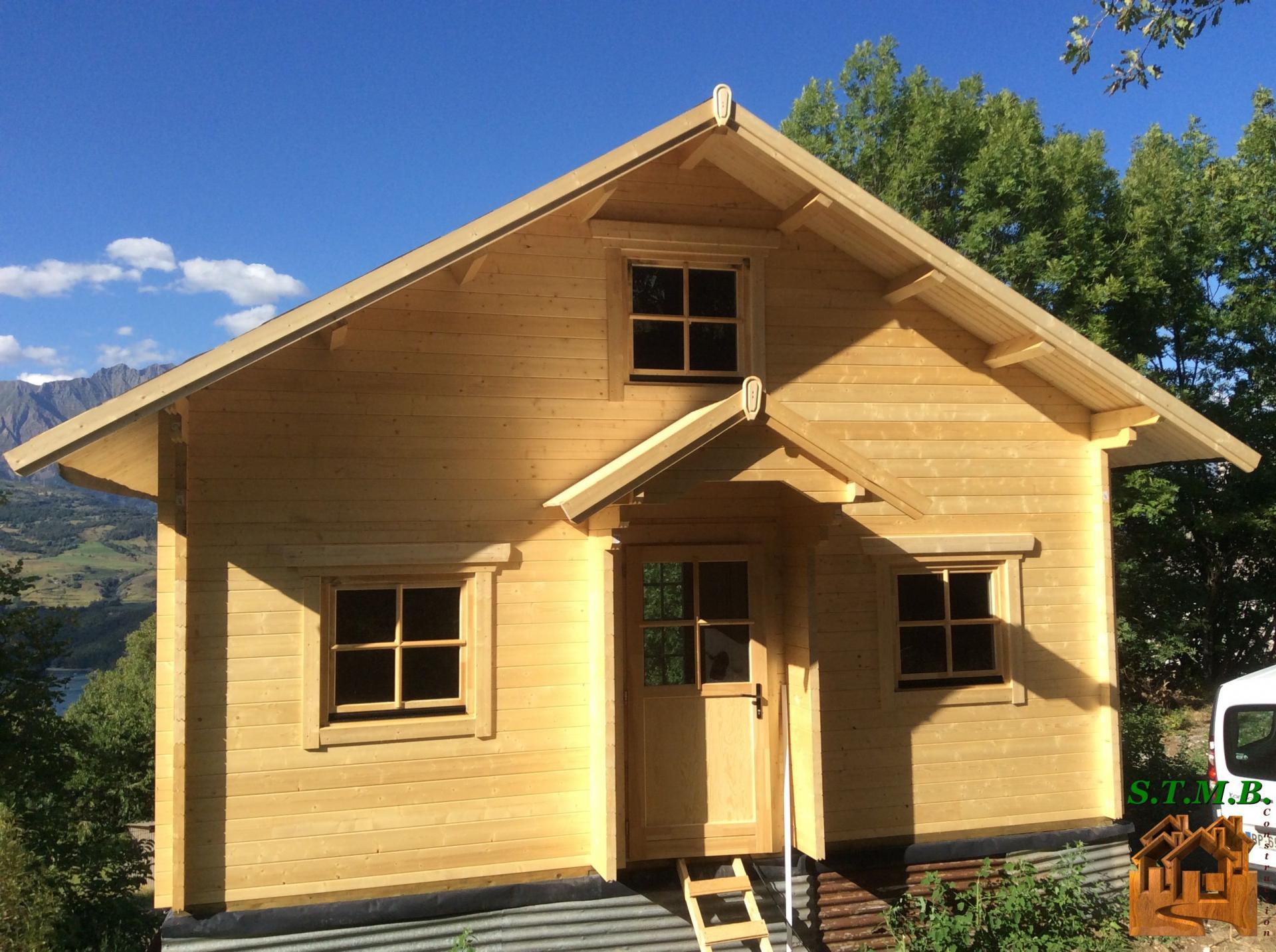 Fabricant Constructeur De Kits Chalets En Bois Habitables - Stmb tout Chalet Kit Pas Cher