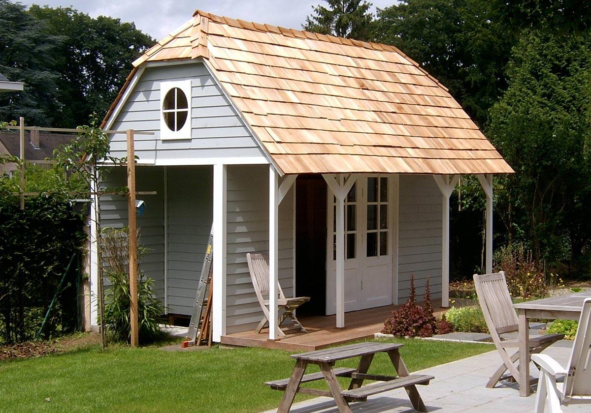 Fabrication D'abris Et De Cabanes De Jardin En Bois Sur Mesure tout Maison De Jardin Sur Mesure