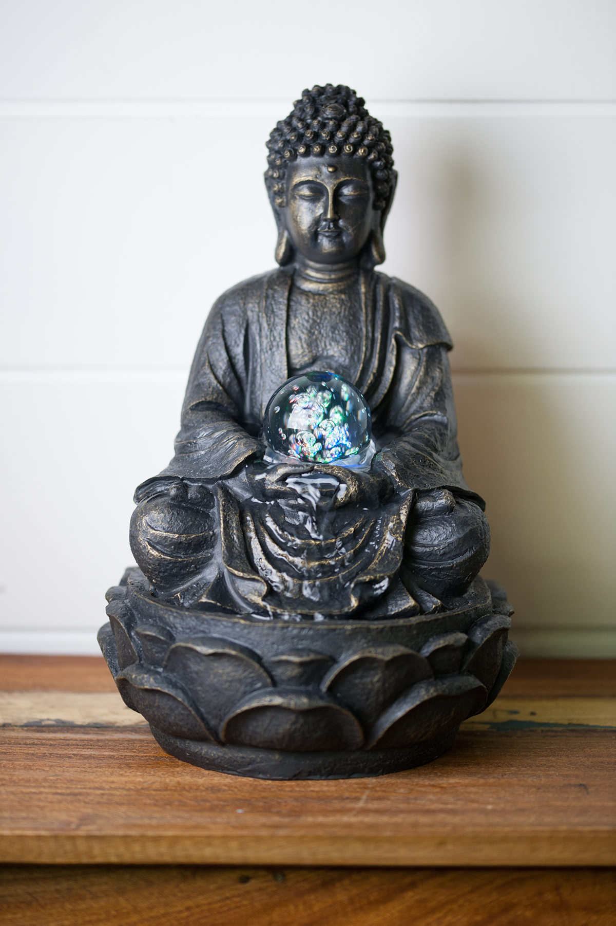 Fontaine D'Intérieur Statue Bouddha En Résine serapportantà Fontaine Bouddha